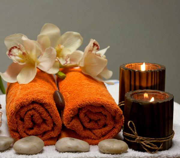 Velas y toallas experiencias bienestar
