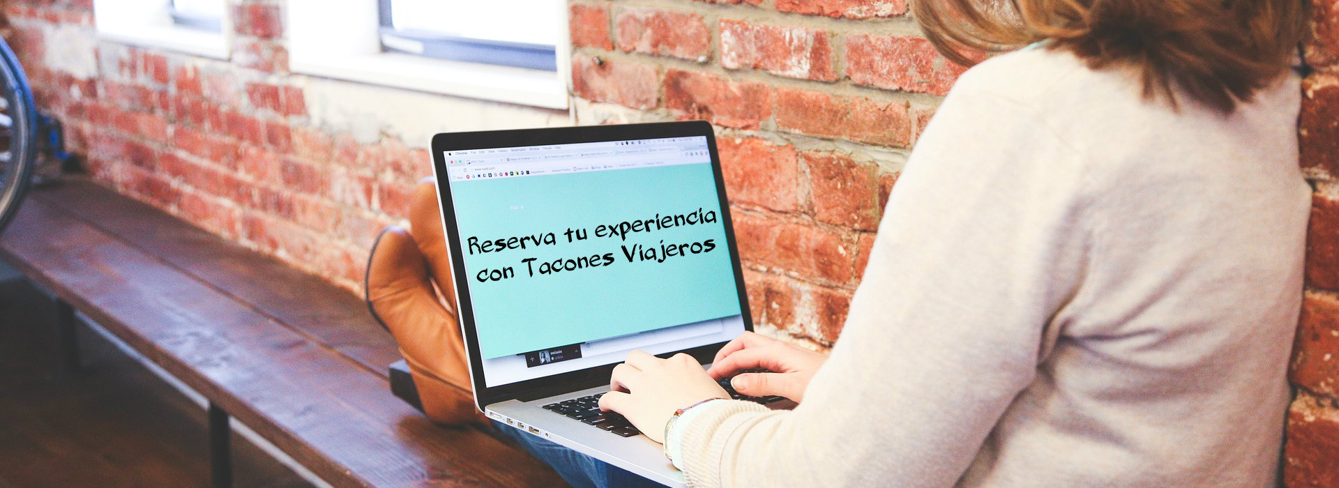 Proceso de reserva con Tacones Viajeros