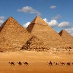 Piramides-Egipto-desierto-camellos
